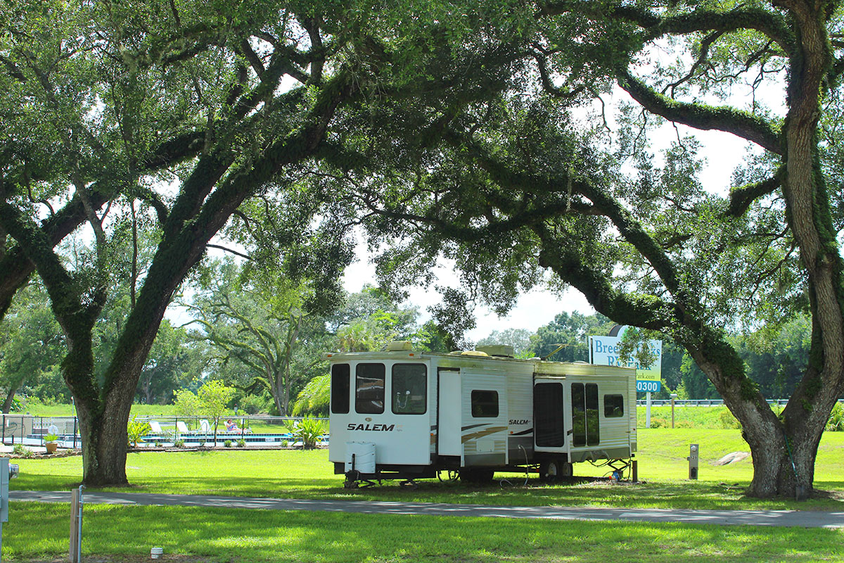 Breezy Oaks RV Park